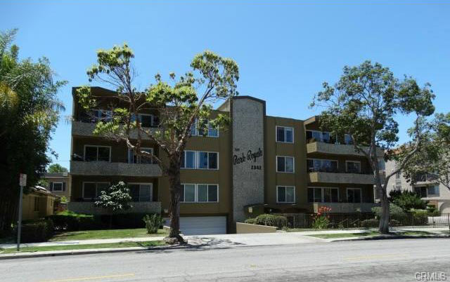 Park Royale Condos For Sale In Long Beach, California