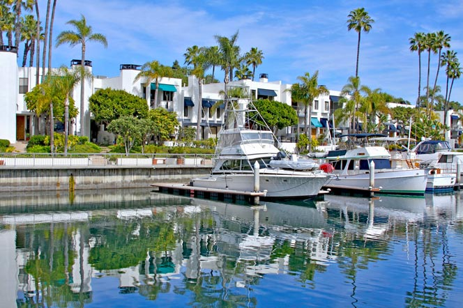 Spinnaker Water Front Homes