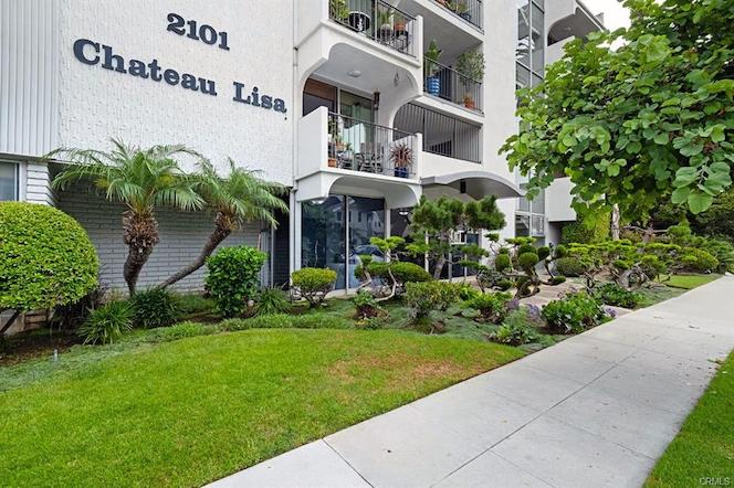 Chateau Lisa Long Beach Condos
